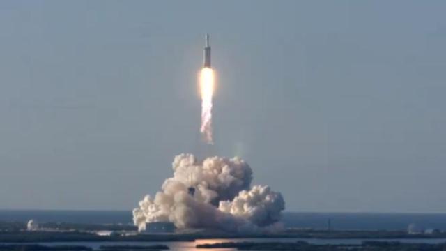 Вже понад 1,7 супутників: SpaceX вивела на орбіту нову групу Starlink