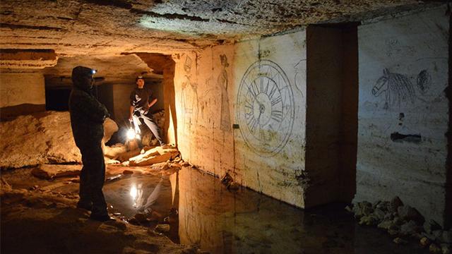 Тунелі-привиди і потаємні бункери. Що приховує підземелля Києва