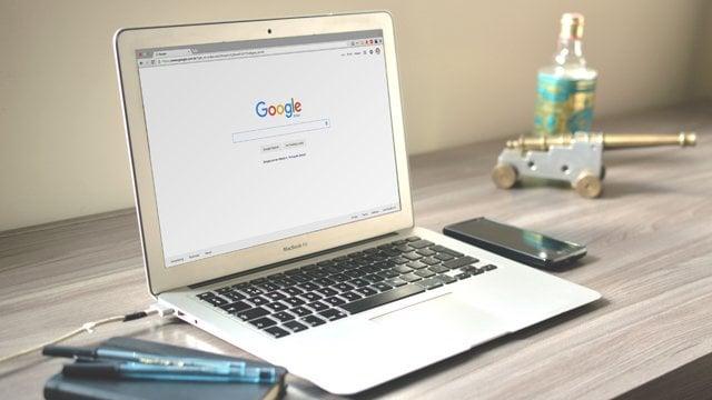 Stack: Google запустив програму оцифрування документів