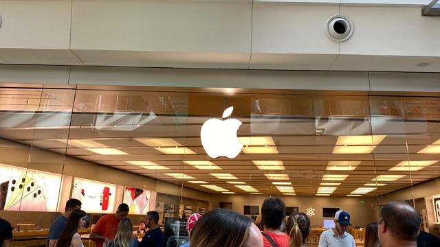 Apple переносит презентацию нового iPhone