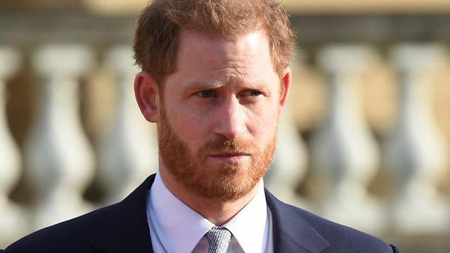 Отказ от королевских обязанностей и переезд в США: громкие скандалы вокруг принца Гарри