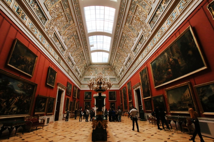 Топ-7 музеїв світу, які можна відвідати онлайн