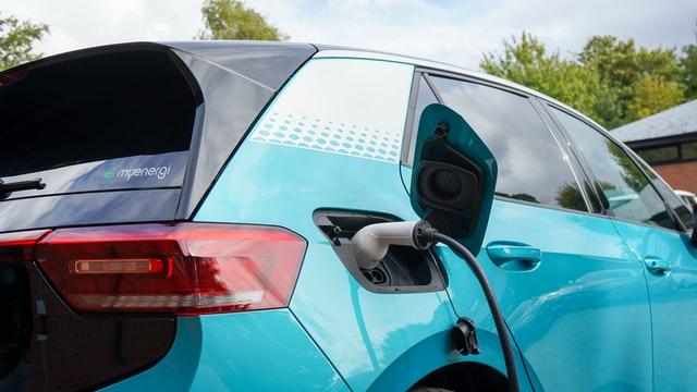 Які електрокари найчастіше завозили в Україну – топ популярних авто за червень