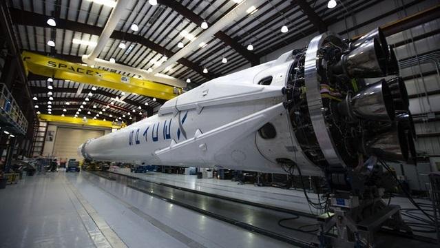 Справа за формальністю: Ілон Маск назвав терміни готовності Starship до польоту