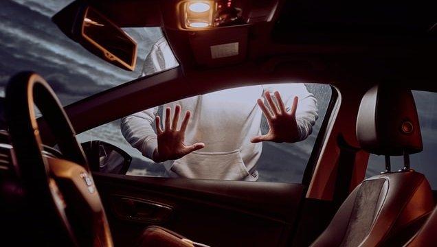 Автомобілі в Україні викрадають все рідше: статистика злочинів за 2021 рік